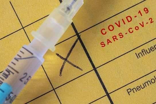 Impfpass mit COVID-19-Impfung